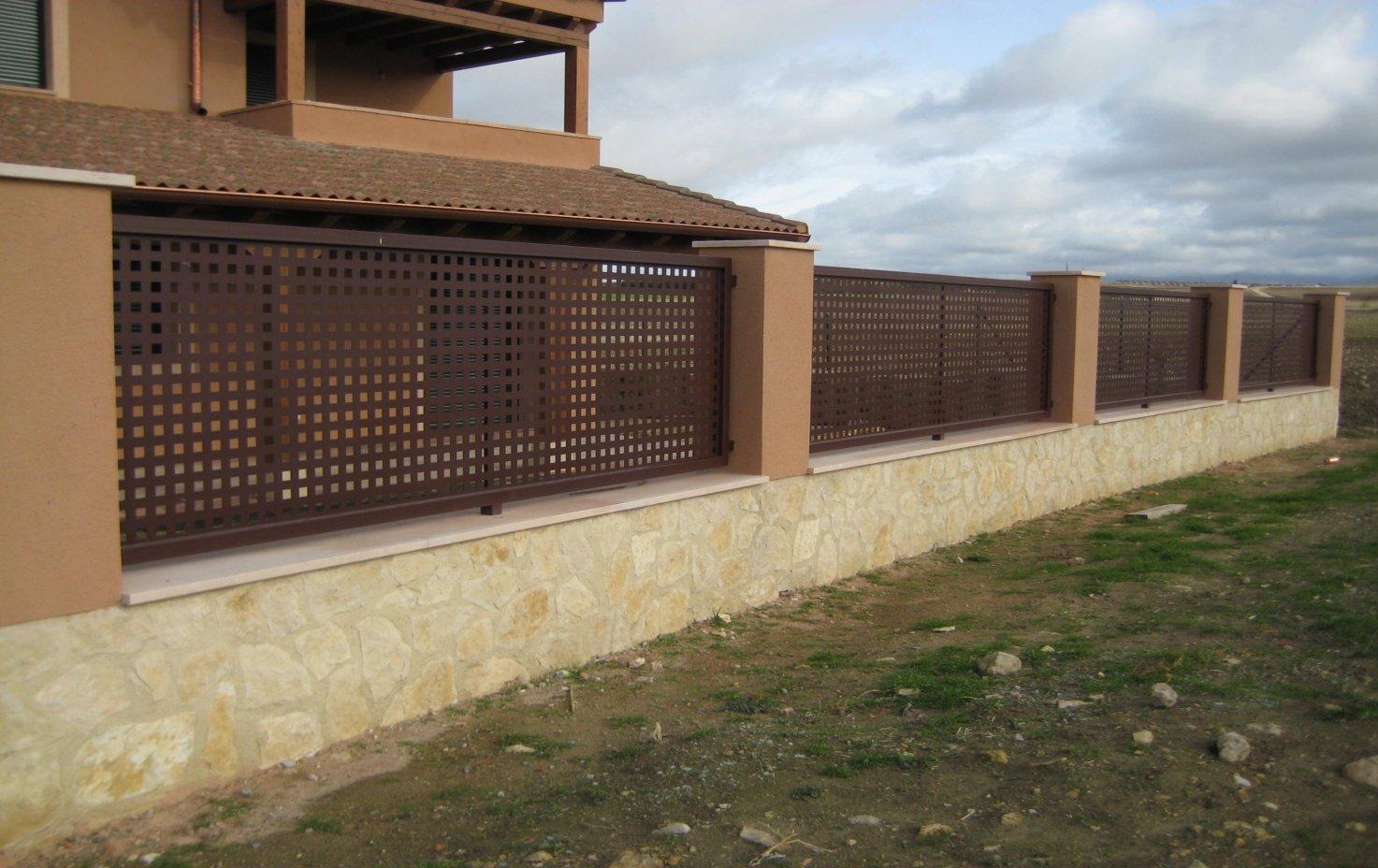 Vallas de cerramiento for Balancines de madera para jardin